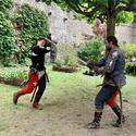 [Translate to it:] Zwei Kämpfer im Schlosshof von Chillon
